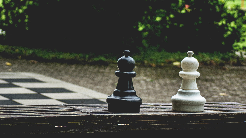 Erfolgreich B2B Kunden gewinnen: Diese Besonderheiten sind zu beachten